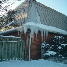 Stop Ice Dams From Ruining Your Home!