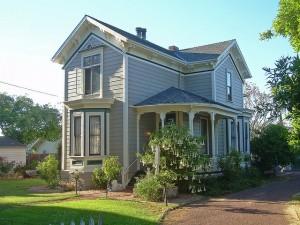 Victorian Architecture available in the Purcellville Housing Market