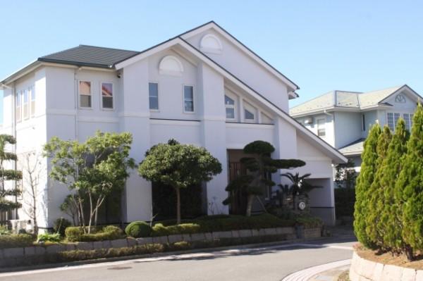 VA Roofing Contractors Boost Your Curb Appeal