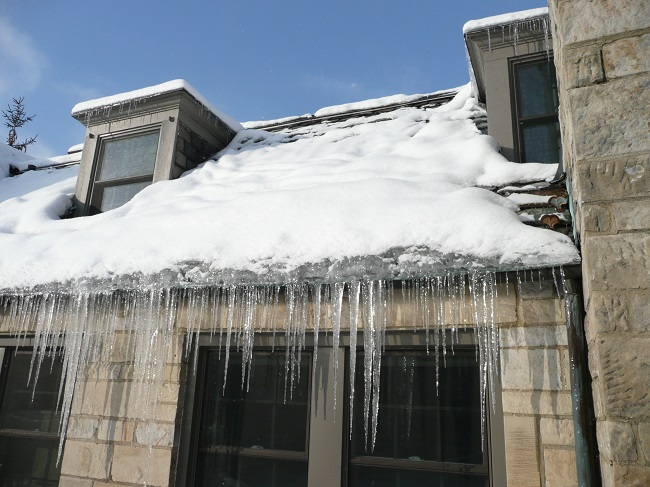 How To Prevent Your Roof Collapsing This Winter