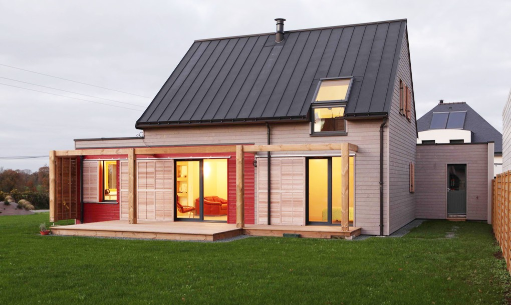 Maison-RT-2012-à-Plumergat-by-a.typique-Patrice-BIDEAU-architecte