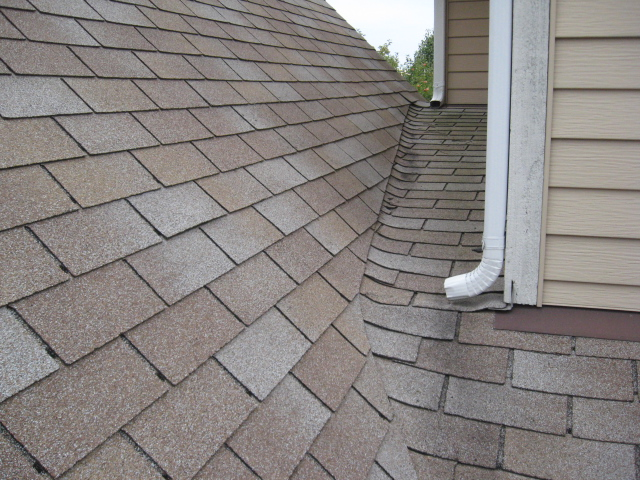 All You Need To Know About Traditional Shingles Roof Net